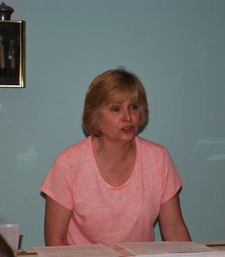 Vivian Sakis